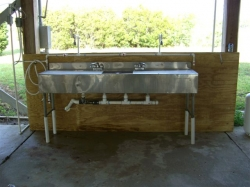 fish-cleaning-station-014